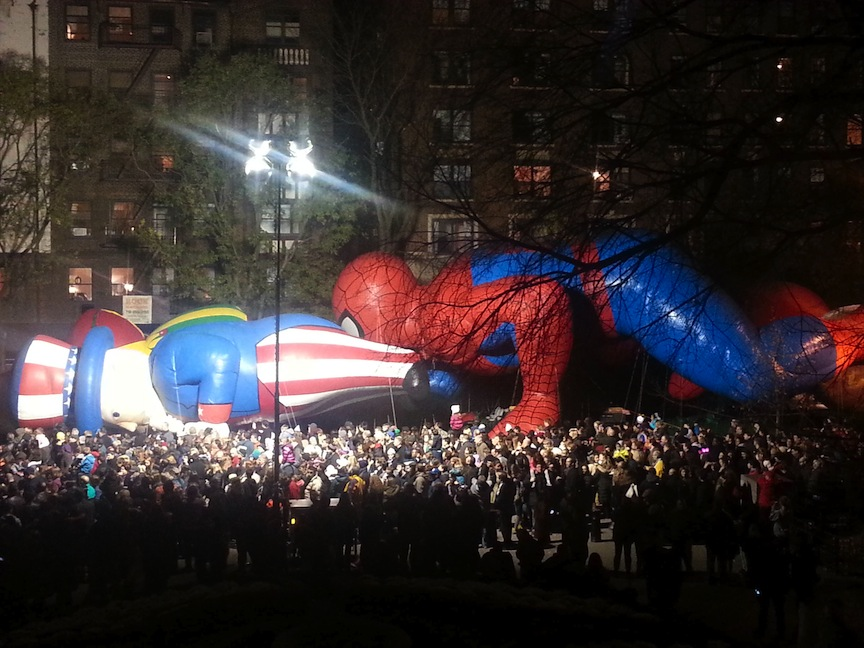 Thanksgiving-Macy's-Uncle-Sam-Spider-Man (credit Imgur)